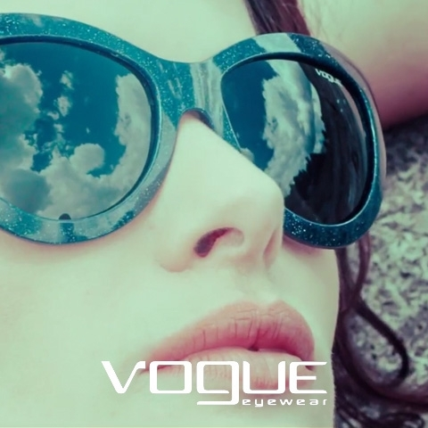 Vogue Eyewear nos presenta Light & Shine