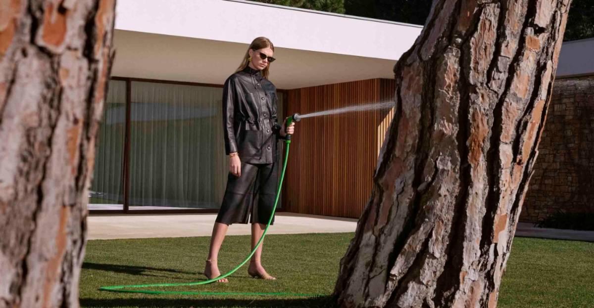 Uterqüe -una campaña que revela una estética retro futurista 2