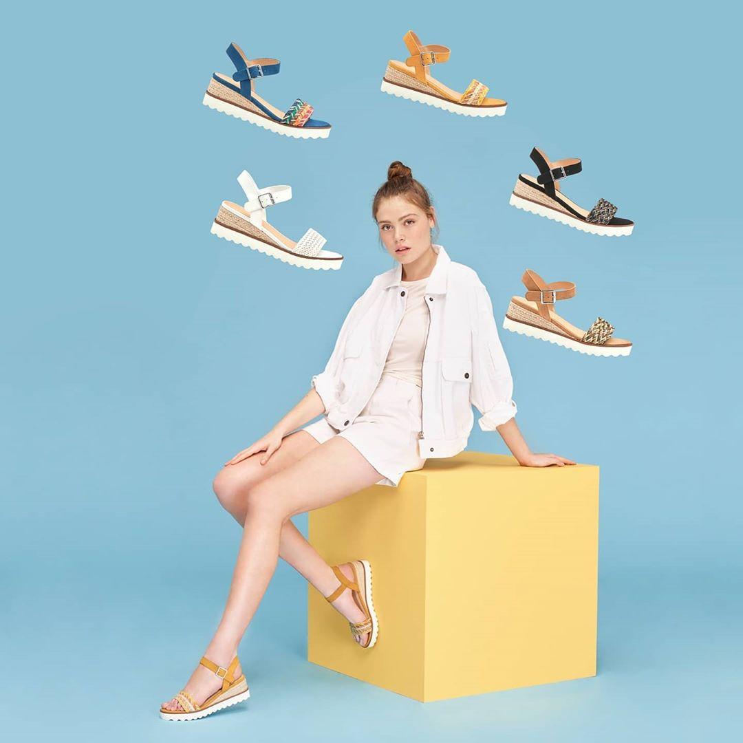 outlet merkal calzados: Tiendas abiertas de nuevo 9