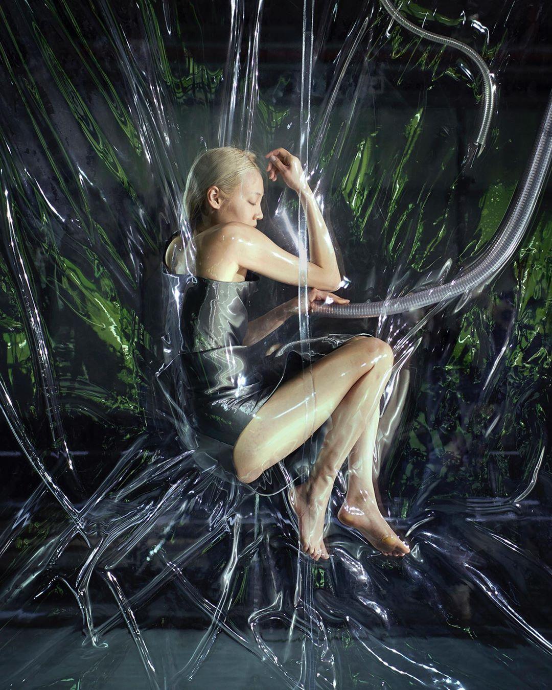 este es el estilo de iris van herpen para 2020 -El vestido 'Transmotion' 3