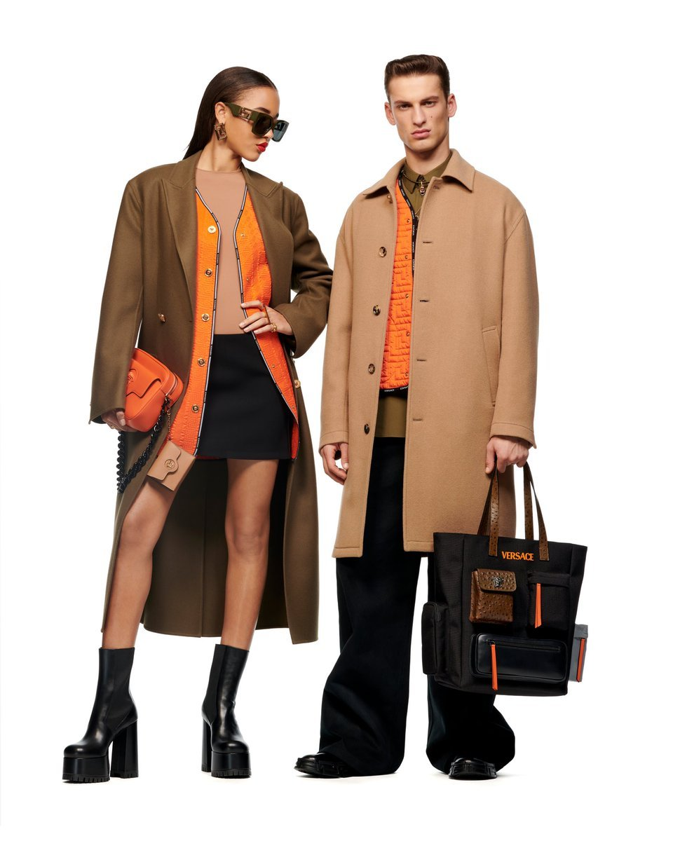 versace fashion: 3