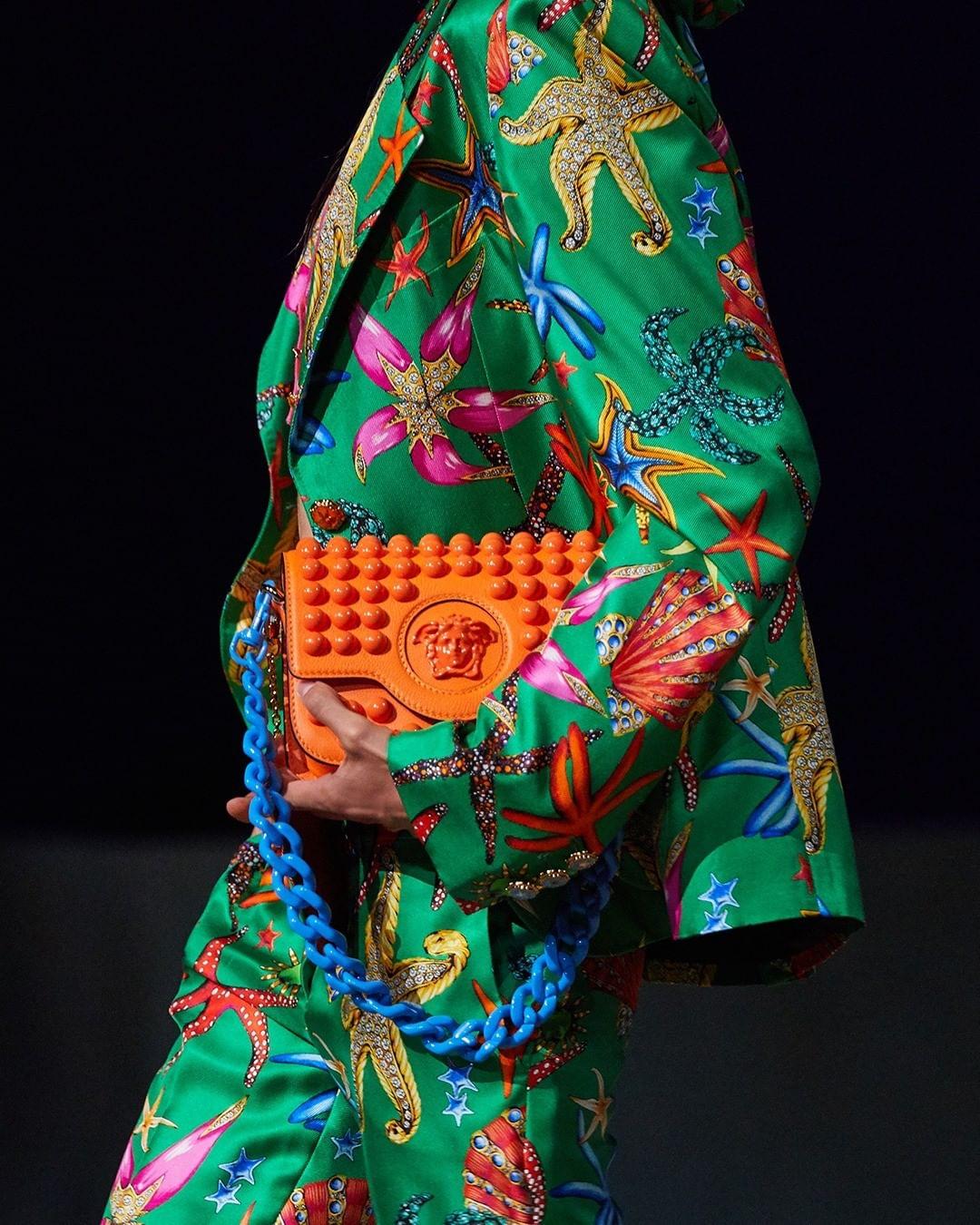 versace fashion: 6
