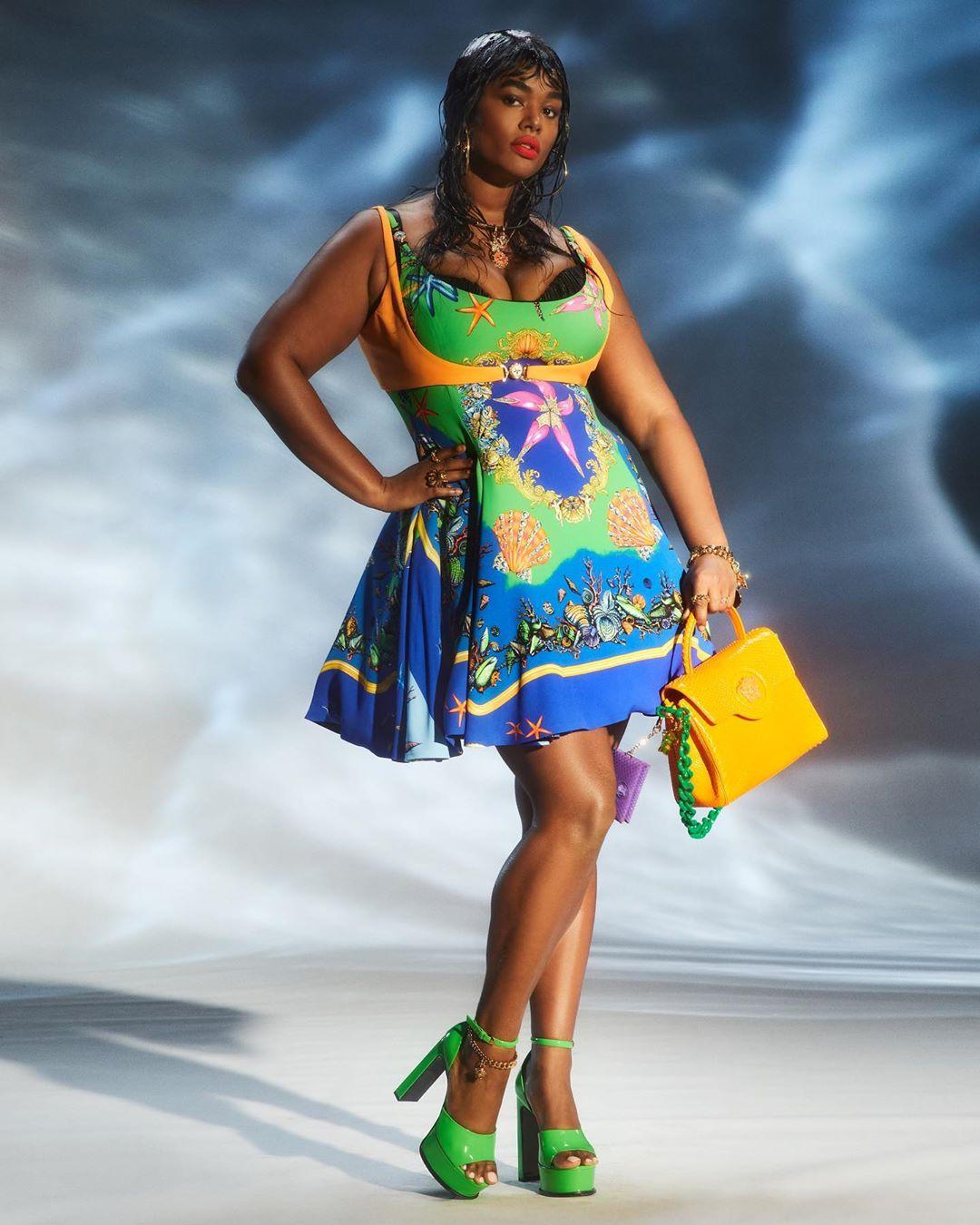 versace fashion: 11