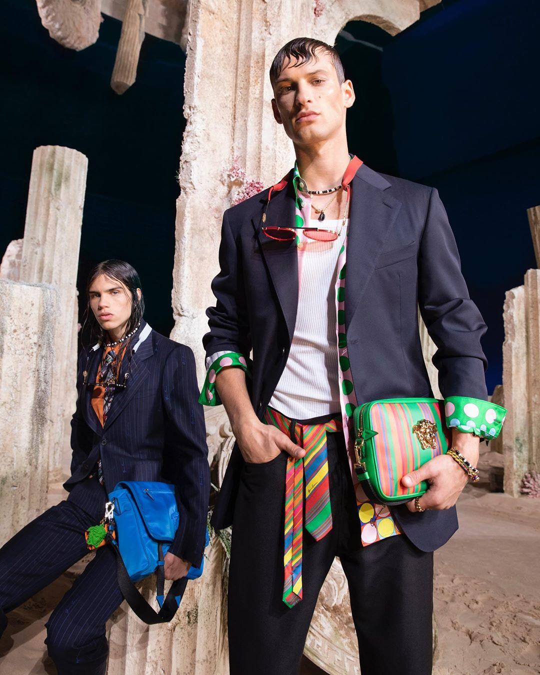 versace fashion: 5