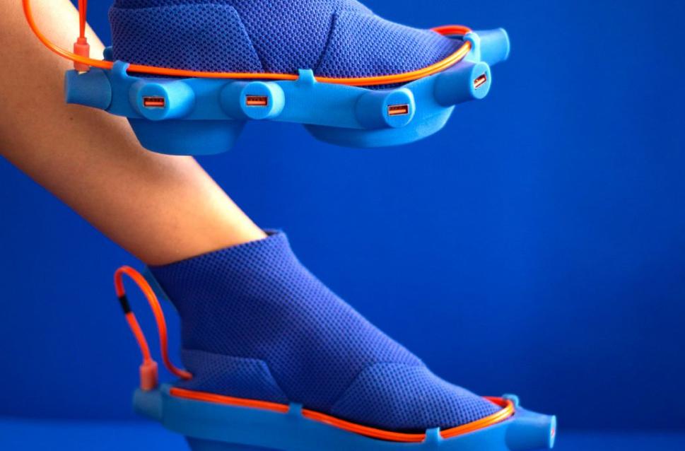 Los zapatos diseñados por Netha Goldberg son raros de cojones pero prácticos... 7