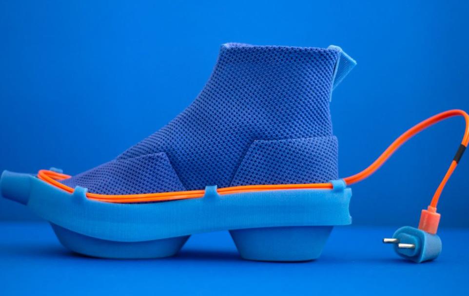 Los zapatos diseñados por Netha Goldberg son raros de cojones pero prácticos... 3